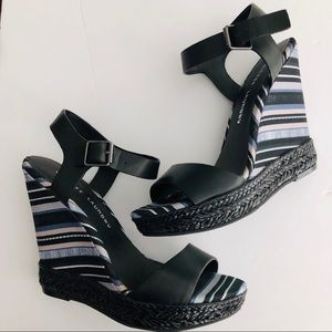 Chinese Laundry Tribal Wedge Sandals